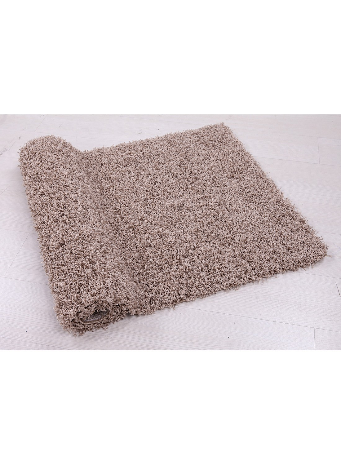 Nettoyer un tapis shaggy awesome cheap tapis tapis shaggy marron gris blanc x cm tap uua with - Comment nettoyer un tapis shaggy ...